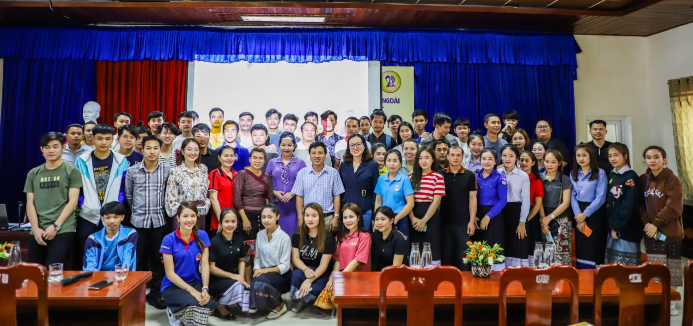 Gặp mặt, đối thoại với lưu học sinh Lào về thủ tục nhập học các chuyên ngành